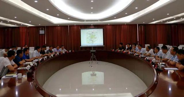 6月23日,邯郸市交通运输局利用周末时间到鸡泽县,就交通路网规划情况